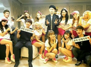 77302-girls-generation-reveals-backstage-photo-with-eunhyuk-exo-and-key-from